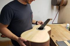 bernardo-romero-guitar6